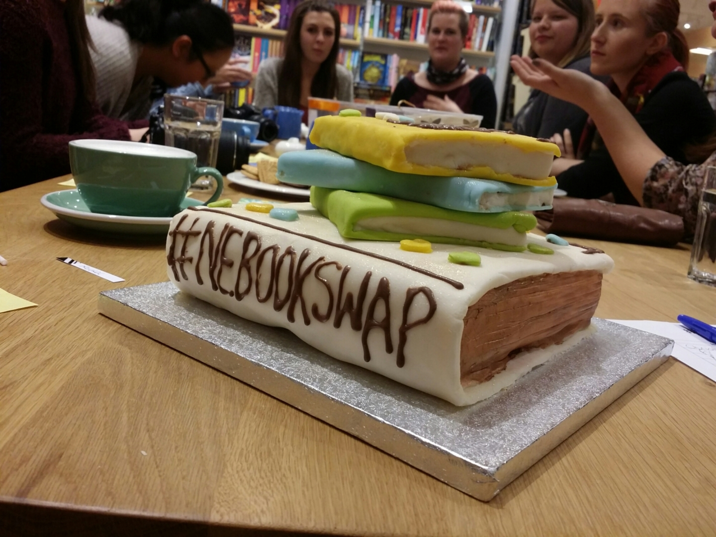 book club nebookswap cake bloggers books waterstones